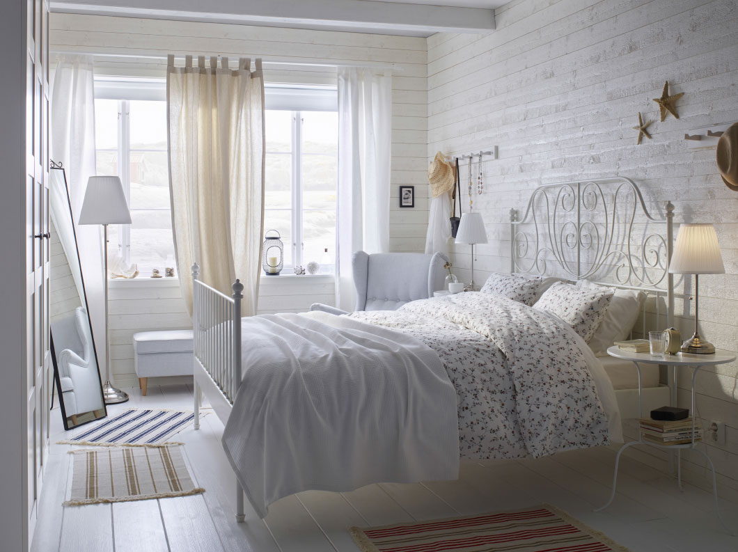 Make your home look expensive my nwa realtor for Deco chambre adulte femme